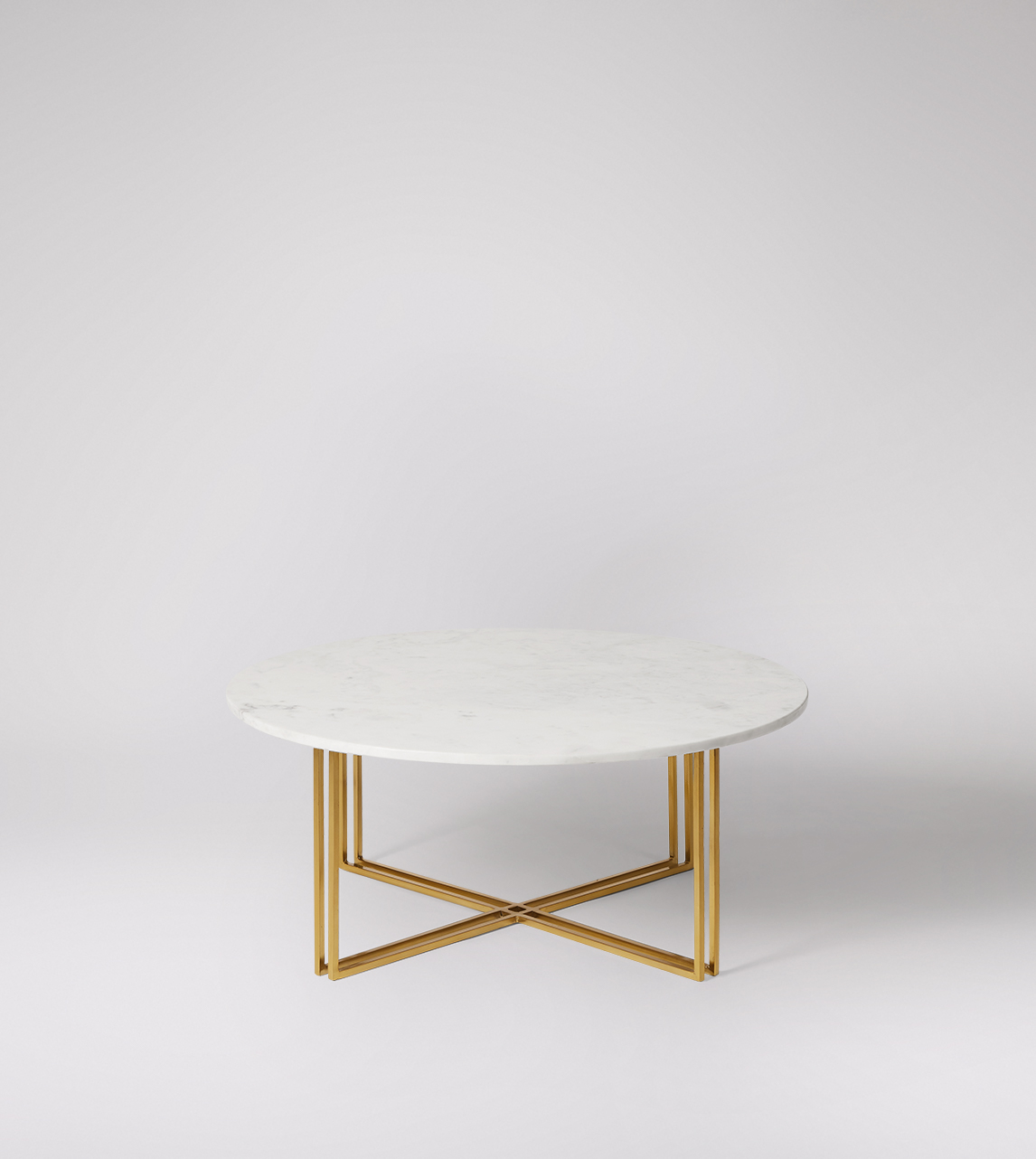 Praia coffee table in white marble & gold plated | Swoon